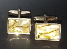 Vintage cuff links in 9 ct. Gold with Abalone Shell