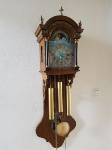 Dutch pendulum clock, with Westminster striking mechanism and moon phase – 1970s