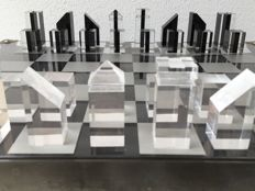 Artistic modern chess set
