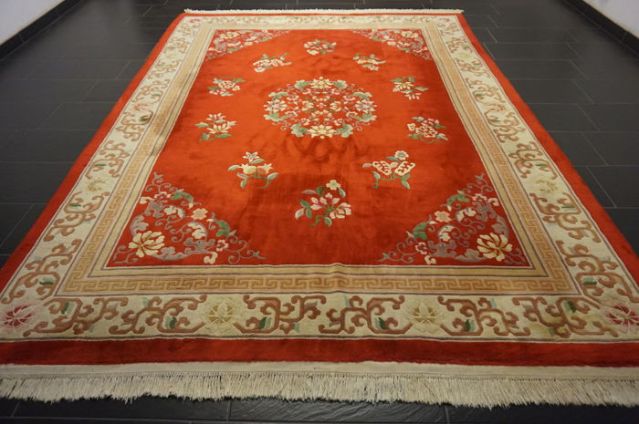 Wonderful Art Deco China Orient carpet Made in China 240 x 325 cm