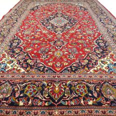 """Keshan – 301 x 198 cm – """"Traditional Persian rug in beautiful condition""""."""