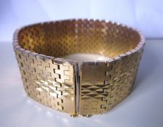 Wide retro bracelet with stamped 750 18 kt gold-plating!