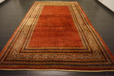 Beautiful hand-knotted oriental carpet, Sarough Mir, 210 x 340 cm, made in Iran, end of the 20th century