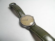 Very old Omega men's wrsitwatch from 1944 or 1945 very rare