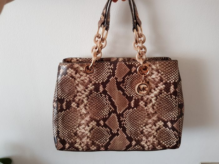 39c0107ab281 Michael Kors - Cynthia bag - Catawiki