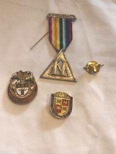 Collection of 4  Masonic medals some rare items