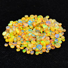 Lot of natural Opal beads from Ethiopia - 2 to 7 mm - 38 ct