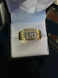 An Outstanding Genuine & Rare Tanzanite Mens Gold Plated Sterling Silver Ring (one generation stone)