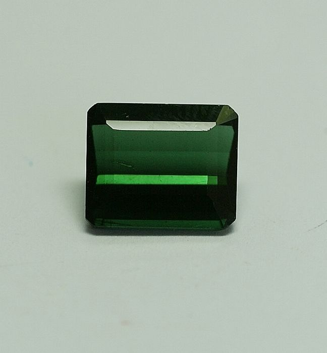 Tourmaline,bluish-green 5.81ct