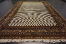 Beautiful hand-knotted oriental carpet, Sarough Mir, 200 x 300 cm, made in India at the end of the 20th century