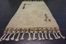 Beautiful oriental carpet designer Berber carpet 110 x 185 cm made in Morocco circa 1970/1980 new wool