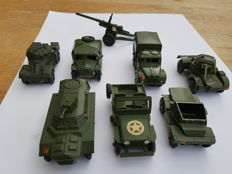 Dinky Toys - Scale 1/48 - Lot with 8 models: Scout car - No.673, Field Artillery Tractor - No.688, 1 Ton Cargo Truck - No.6410, Armoured car - No.6710, 5.5 medium gun - No.692, Aml Panhard - No.814, 25y Jeep & Armoured Personel Carrier