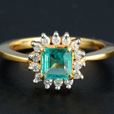 Luxury Emerald Diamond 18 kt Wedding Ring – Ring Size: approx. 6.50 (US)