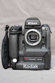 Nikon/kodak professional DCS 620 early historical Nikon, digital. 1999