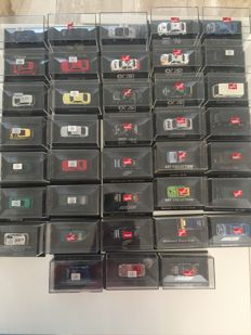 Herpa - Scale 1/187 - Lot with 38 Mercedes-Benz models