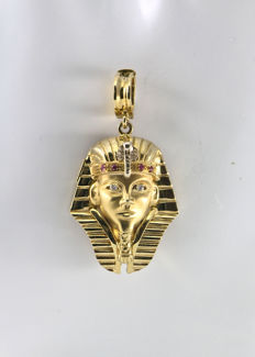 """Egyptian Sphinx"" pendant in .750 yellow gold with two diamonds totalling 0.04 ct and four rubies  totalling 0.04 ct – Height 30 mm + bail 15 mm for a total of 45 mm"