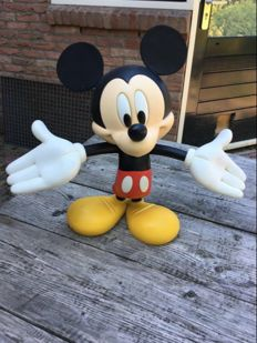 Disney, Walt - Statue - Mickey Mouse