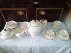 Coffee set Villeroy and Boch Mettlach, 8 gilded fine gold cups