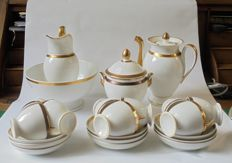 Porcelaine de Paris (?) - 22 piece coffee set and extra coffee pot