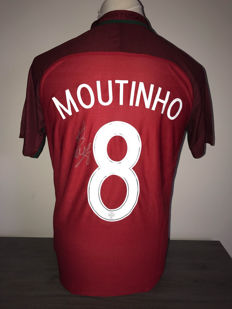 Joao Moutinho Portugal home shirt 16-17 with photo proof and certificate of authenticity