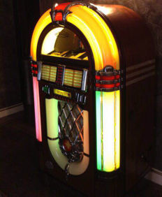 Wurlitzer jukebox One More Time 1015 from 1995, 100 selections
