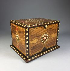 Eastern cigar box with inlay - 2nd half of 20th century,