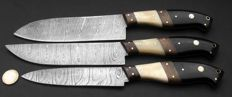 Set of three handmade Damask knives - 200+ layers Damask steel - Handle made of horn, walnut-wood and camel bone