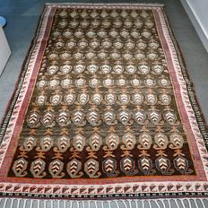 "Magnificent, Anatol ""Boteh"",  Persian carpet – 227 x 137 – very good condition – superb quality."