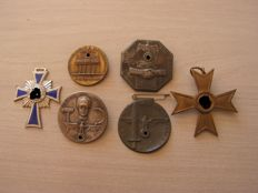 Lot of German medal and badge WW2.