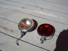 A RED REAR FOG LIGHT and REVERSING LIGHT with a glass diameter of 115 mm from the 1960s and 1970s.