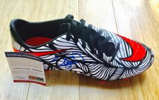 Neymar JR #11 / FC Barcelona - Signed Soccer Boot -  with Certificate of Authenticity PSA/DNA