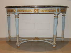 Light blue lacquered and gilded console table - Louis XVI period - Central Italy, second half of the 18th century