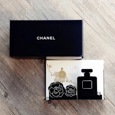 Chanel post organizer
