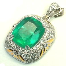 9.94ct Excellent Luster Neon Green Colombian Emerald 18K White Gold 13.61gram Diamond Pendant (No Reserve)