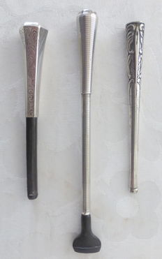 Silver - 3 antique silver cigarette pipes of which 1 art deco extendable - first half of 20th century.