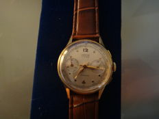 Venus men's chronograph  mechanical Swiss-made vintage 1940s.