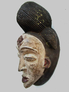 Very old POUNOU Mask - Gabon.