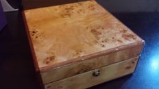 Walwood solid wooden box to store 6x wristwatches
