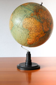 Political SVH globe, very large model! Mid 20th century
