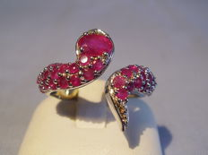 Snake ring with natural rubies weighing a total of approx. 1.3 ct