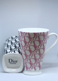 2 Christian Dior XL thee cups