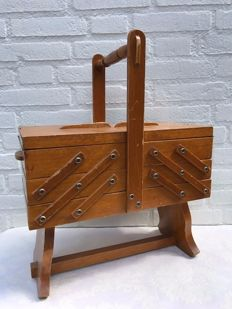 Vintage wooden sewing box with contents - from the 60s - The Netherlands