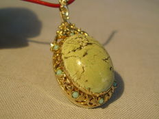 Victorian pendant with natural turquoise weighing approx. 15 ct
