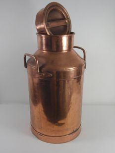 Large copper-plated milk churn with lid, 1960s
