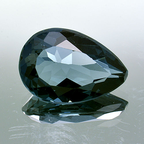 London Blue Topaz – 4.38 ct – No Reserve Price.