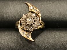 Gold ring with diamonds - Period: 1800