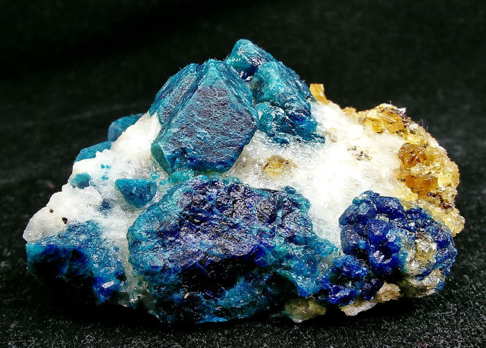 Natural Electric Blue Hauyne Crystals on matrix  - 75x52x43 mm - 146gm