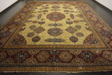 Exclusive hand-knotted Persian Palace carpet old flowers Lawer Kerman 335 x 430 cm carpet