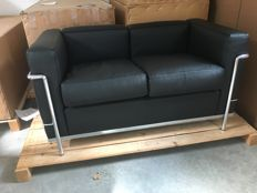 Le Corbusier for Cassina - LC2 2-seater black leather chrome frame