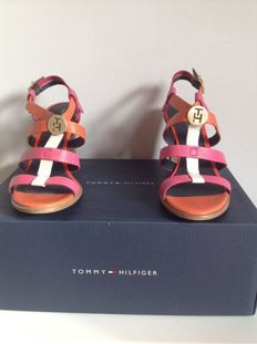 Tommy Hilfiger – sandals high heel